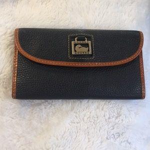 Dooney & Bourke pebble stone leather wallet